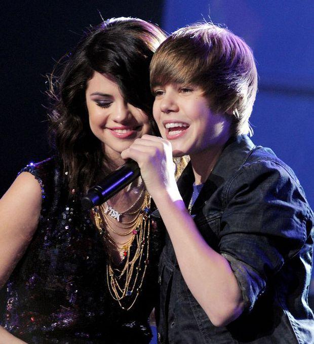 Vừa công khai yêu The Weeknd, Selena đã lại hát về Justin? - Ảnh 3.