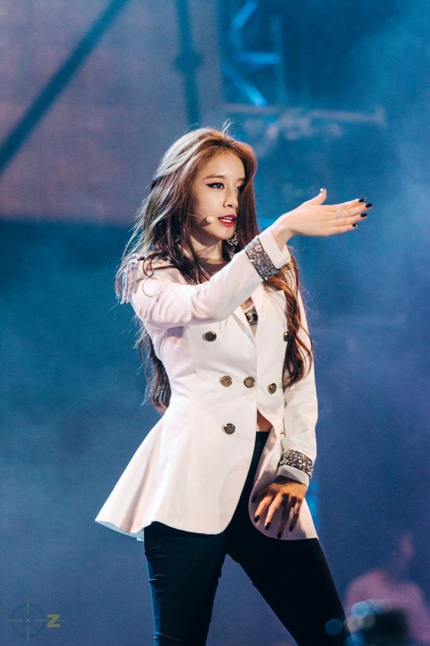 Không muốn bị chỉ trích ăn hôi theo scandal của Hwayoung, Jiyeon hoãn ngày trở lại - Ảnh 5.
