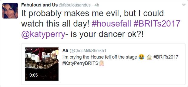 Fancam vũ công của Katy Perry trượt chân ngã khỏi sân khấu hot nhất MXH sáng nay - Ảnh 7.