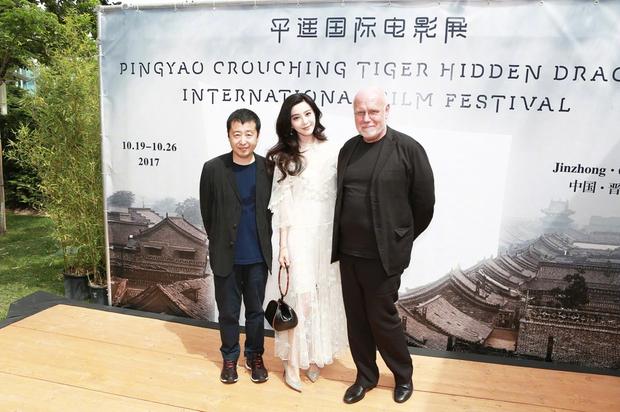Đẳng cấp nhan sắc của Phạm Băng Băng tại Cannes: Chẳng cần lồng lộn vẫn đẹp hết nấc! - Ảnh 3.