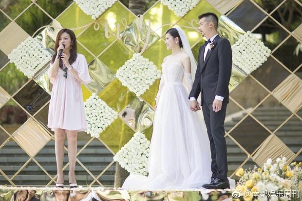 Đám cưới nhà người ta nhưng netizen chỉ chú ý đến đôi bạn thân Triệu Vy - Tô Hữu Bằng lâu lắm mới hội ngộ - Ảnh 7.