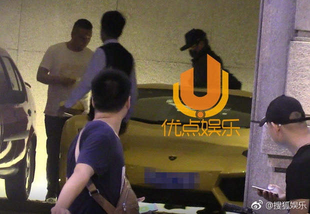 Triệu Lệ Dĩnh bị bắt gặp mặc áo đôi đi khách sạn với Đường Tăng Phùng Thiệu Phong - Ảnh 8.