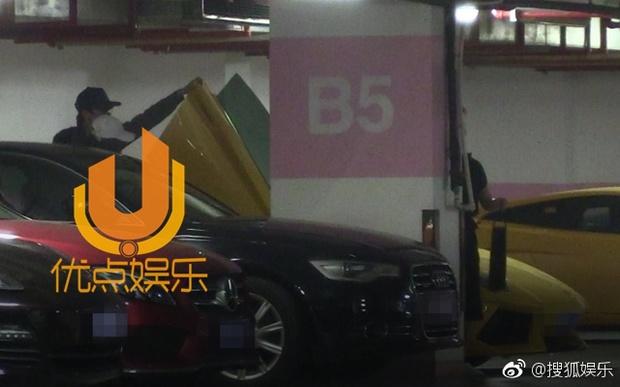 Triệu Lệ Dĩnh bị bắt gặp mặc áo đôi đi khách sạn với Đường Tăng Phùng Thiệu Phong - Ảnh 9.