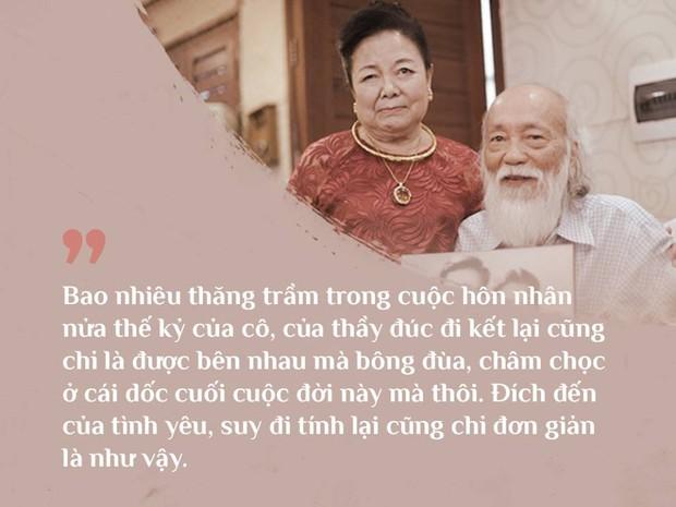 Cách vợ chồng thầy Văn Như Cương ở bên nhau trong những phút yếu mệt: 80 tuổi thì tình yêu cũng vẫn mãi xanh! - Ảnh 2.
