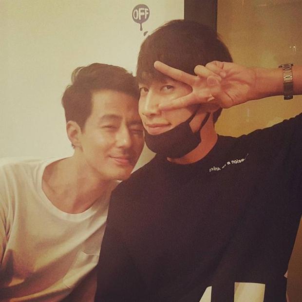 Lee Kwang Soo khoe khoang về độ nổi tiếng và bị đàn anh Jo In Sung bóc mẽ như thế này đây! - Ảnh 2.