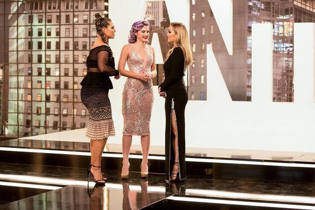 Next Top Mỹ quá thất bại, Tyra Banks sẽ đuổi việc host mới? - Ảnh 2.