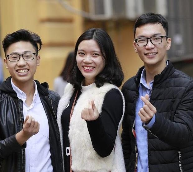 Thủ khoa đầu vào 29,5 điểm của ĐH Dược Hà Nội gây sốt với phát ngôn: Số điểm đại học là số tuổi anh lấy vợ - Ảnh 3.