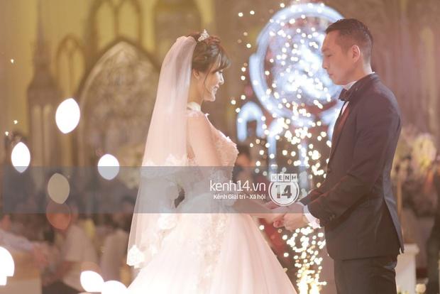 ĐỘC QUYỀN: Tú Linh mặc váy cô dâu, rạng rỡ trong tiệc cưới buổi tối - Ảnh 11.