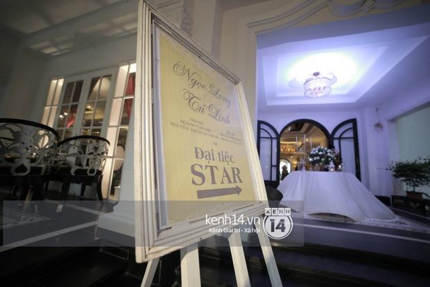 ĐỘC QUYỀN: Tú Linh mặc váy cô dâu, rạng rỡ trong tiệc cưới buổi tối - Ảnh 1.
