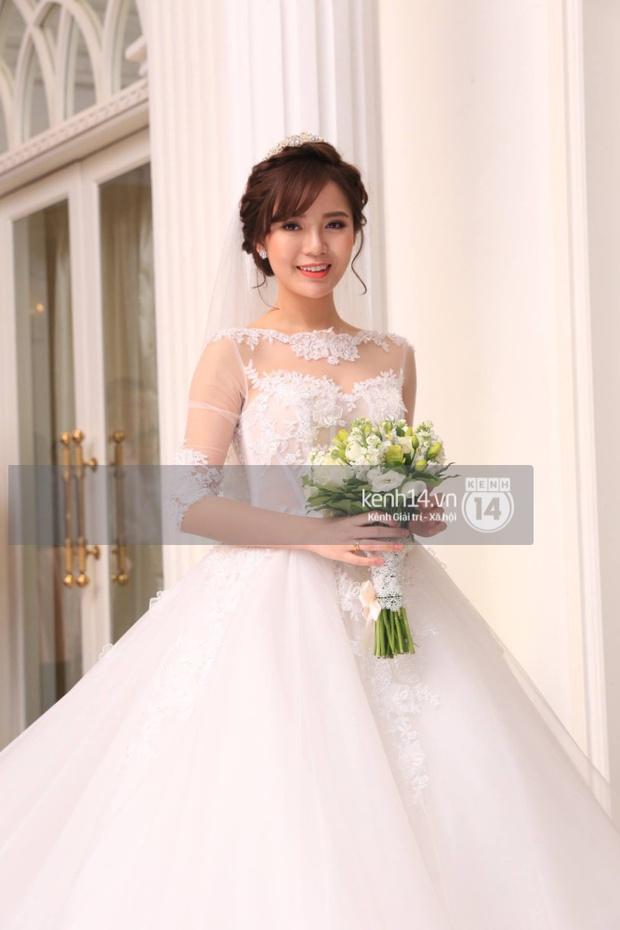 ĐỘC QUYỀN: Tú Linh mặc váy cô dâu, rạng rỡ trong tiệc cưới buổi tối - Ảnh 3.