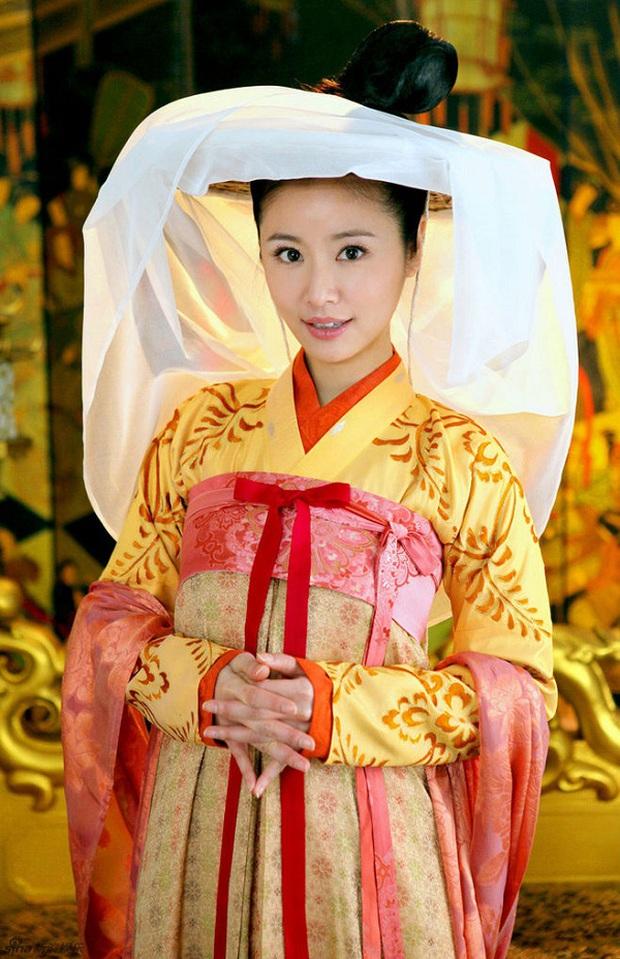 """Đây là 5 phim cổ trang xứ Trung có trang phục """"tiền tỷ""""! - Ảnh 17."""