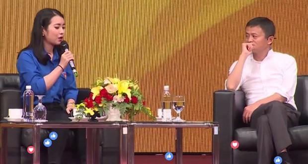MC Hoa khôi gặp Jack Ma bị nhận xét nói tiếng Anh điệu: Đó là ngữ điệu mình cảm thấy tự tin nhất khi giao tiếp - Ảnh 4.