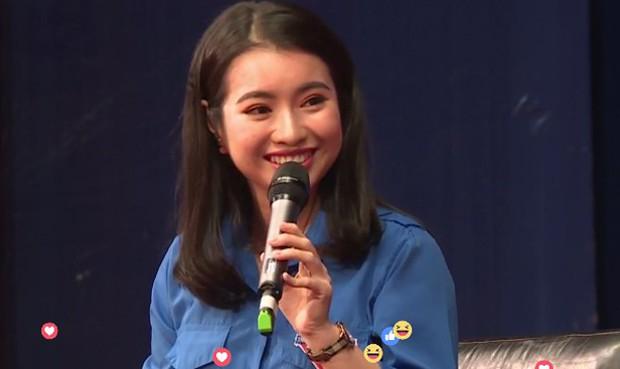 MC Hoa khôi gặp Jack Ma bị nhận xét nói tiếng Anh điệu: Đó là ngữ điệu mình cảm thấy tự tin nhất khi giao tiếp - Ảnh 3.