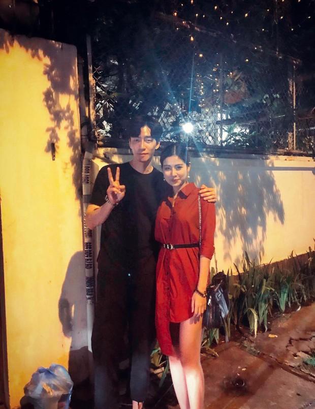 Lộ clip nam diễn viên Vì sao đưa anh tới điển trai mua sắm, ăn tối tại Việt Nam - Ảnh 6.