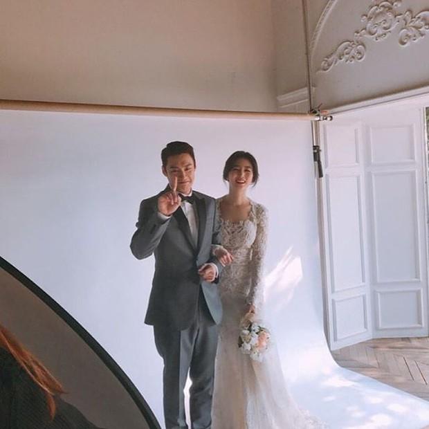 Xôn xao vì vợ diễn viên Vì sao đưa anh tới vừa quá đẹp vừa giống Lee Young Ae - Ảnh 4.