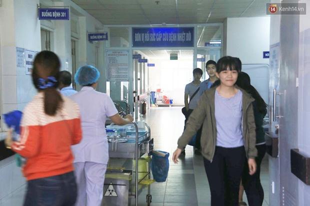 Đà Nẵng: 17 người nhập viện nghi do ngộ độc thực phẩm sau khi ăn cơm gà - Ảnh 4.