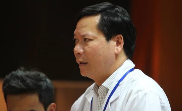 Giám đốc Bệnh viện ĐK tỉnh Hòa Bình, nơi làm 8 bệnh nhân tử vong khi chạy thận xin từ chức - Ảnh 1.