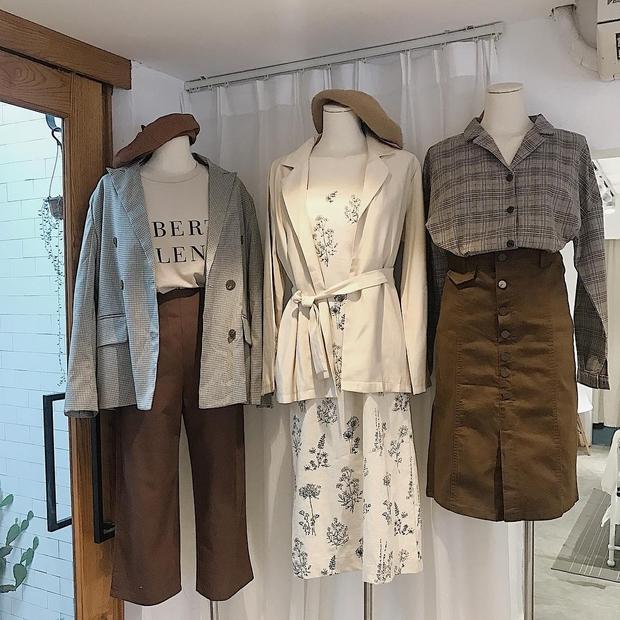 Blazer kẻ caro: Dự là sẽ hot hơn cả cardigan, denim jacket vì fashionista nào cũng đang sở hữu 1 cái - Ảnh 19.