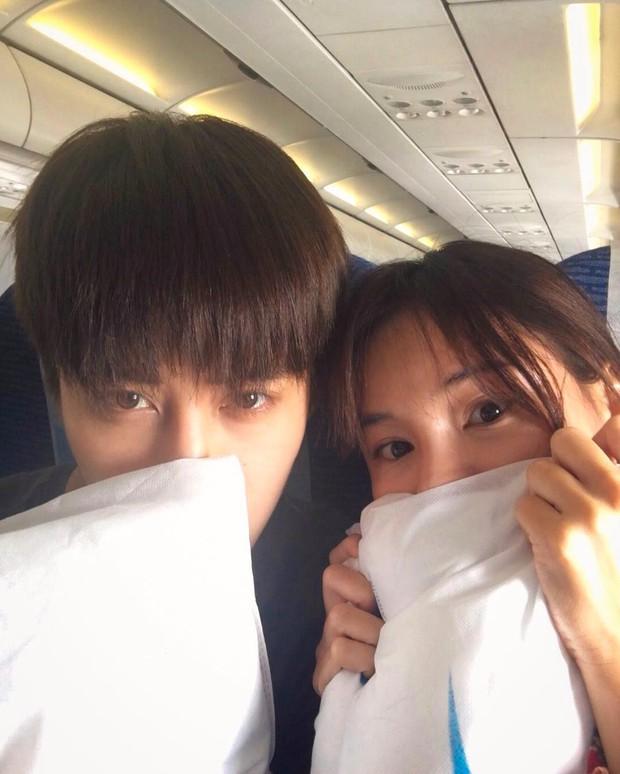 Hết Song - Song, lại đến cặp đôi Full House Thái khiến fan nghi ngờ vì quá tình trên tạp chí - Ảnh 14.