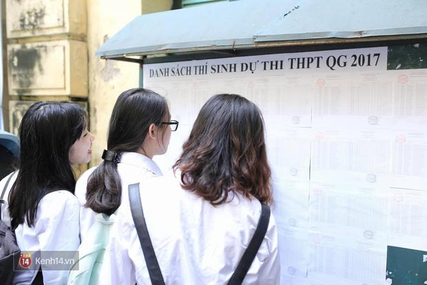 Hơn 866.000 thí sinh làm thủ tục chính thức bước vào kỳ thi THPT 2017 - Ảnh 10.