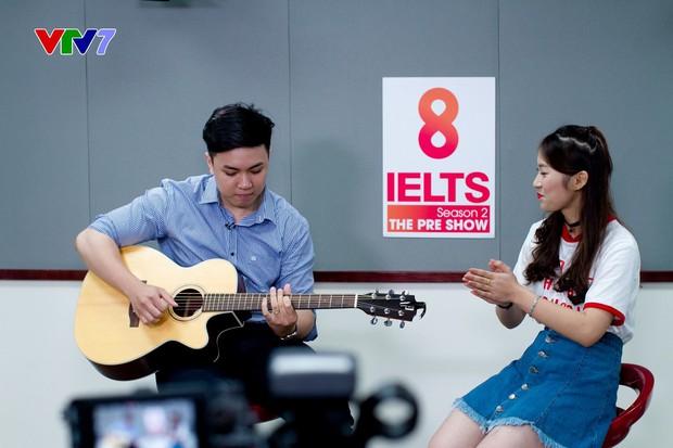 Khánh Vy khiến cư dân mạng ngưỡng mộ khi xuất hiện trong vai trò host chương trình 8 IELTS trên sóng VTV7 - Ảnh 6.