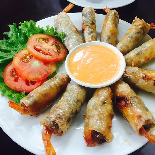 10 món ăn đường phố Việt Nam được CNN hết lời khen ngợi - Ảnh 13.