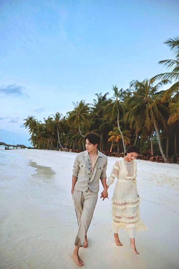 Hết Song - Song, lại đến cặp đôi Full House Thái khiến fan nghi ngờ vì quá tình trên tạp chí - Ảnh 5.