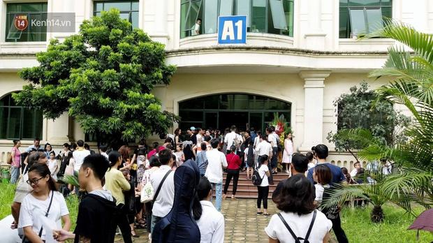 Sáng nay, các thí sinh bắt đầu thi tuyển vào Nhạc viện Hà Nội - Ảnh 5.