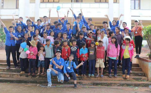 10x trường huyện ở vùng núi rừng Di Linh giành học bổng 80.000 USD đến Canada - Ảnh 8.