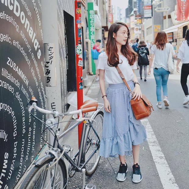 Ai bảo túi đi học không thể trendy? Đây là 5 kiểu túi cực xinh và chất mà các nàng có thể diện đến trường - Ảnh 1.