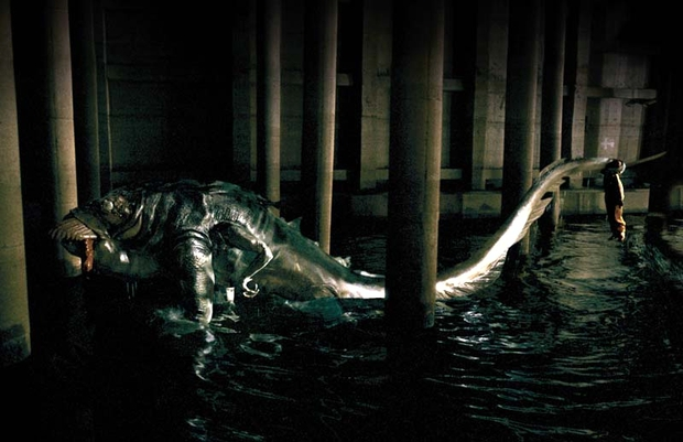 The Host - Tự hào là phim quái vật đầu tiên của nền điện ảnh Hàn - Ảnh 5.
