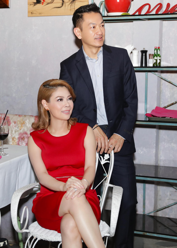 Thanh Thảo quấn quýt cùng bạn trai tại buổi tiệc ra mắt MV mới - Ảnh 3.