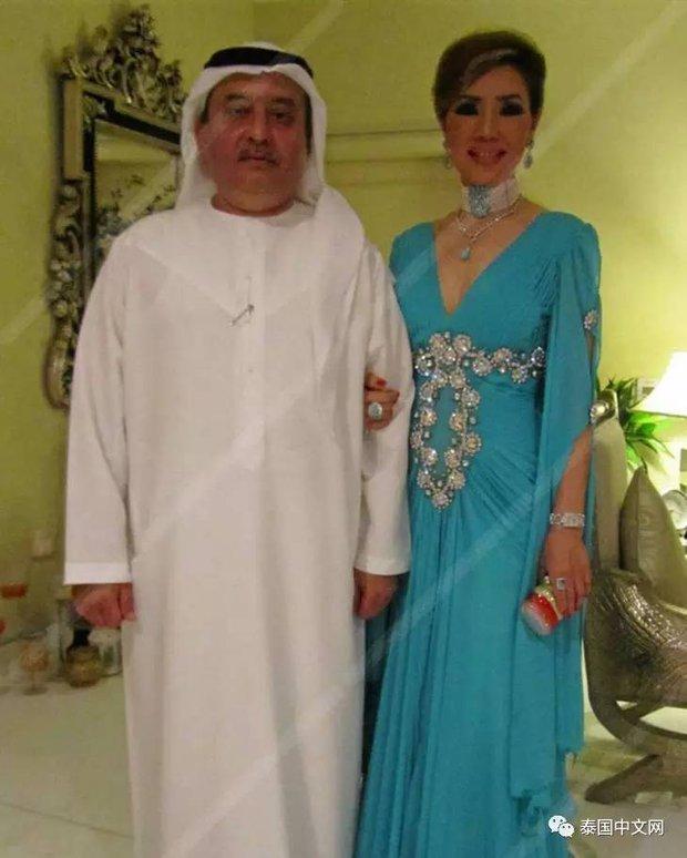 Cô bé Lọ Lem phiên bản già: 60 tuổi vẫn kiếm được chồng đại gia Dubai giàu nứt đố đổ vách - Ảnh 2.