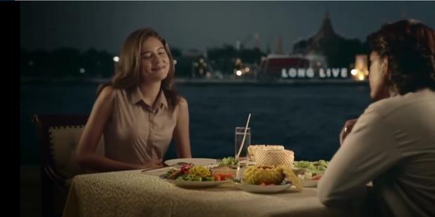 Clip hot nhất hôm nay: Quảng cáo đồ ăn Thái Lan theo phong cách phim kinh dị Mỹ! - Ảnh 3.