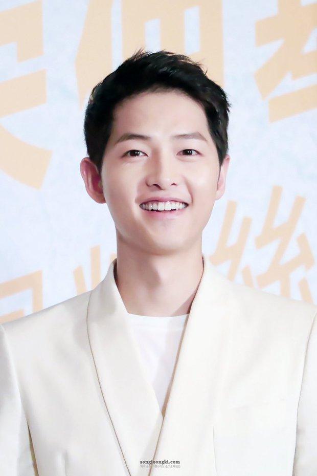 Đánh bại bộ đôi Song Song, Park Bo Gum trở thành ngôi sao quyền lực nhất Hàn Quốc - Ảnh 2.
