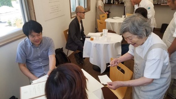 Ghé thăm nhà hàng ở Nhật Bản nơi thực khách yêu cầu món này nhưng lại được phục vụ món kia - Ảnh 2.