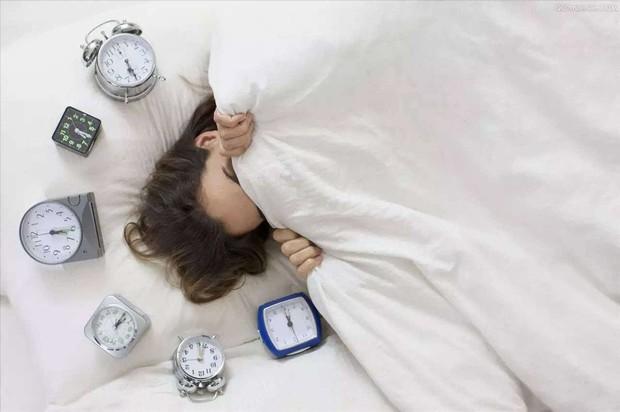 5 sai lầm phổ biến vào buổi sáng khiến kế hoạch giảm cân thất bại hoàn toàn - Ảnh 1.
