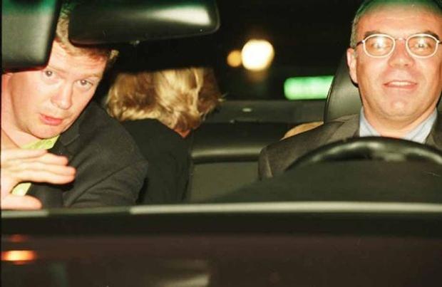 Những giả thiết xung quanh sự ra đi đột ngột của Công nương Diana đúng 20 năm về trước - Ảnh 2.
