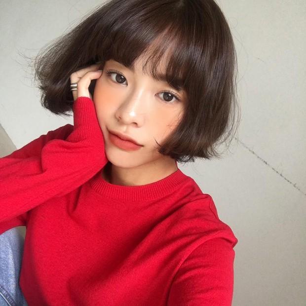 Không phải beauty blogger nhưng 5 hot girl Hàn này vẫn được hội mê làm đẹp săn đón vì makeup cực long lanh - Ảnh 13.
