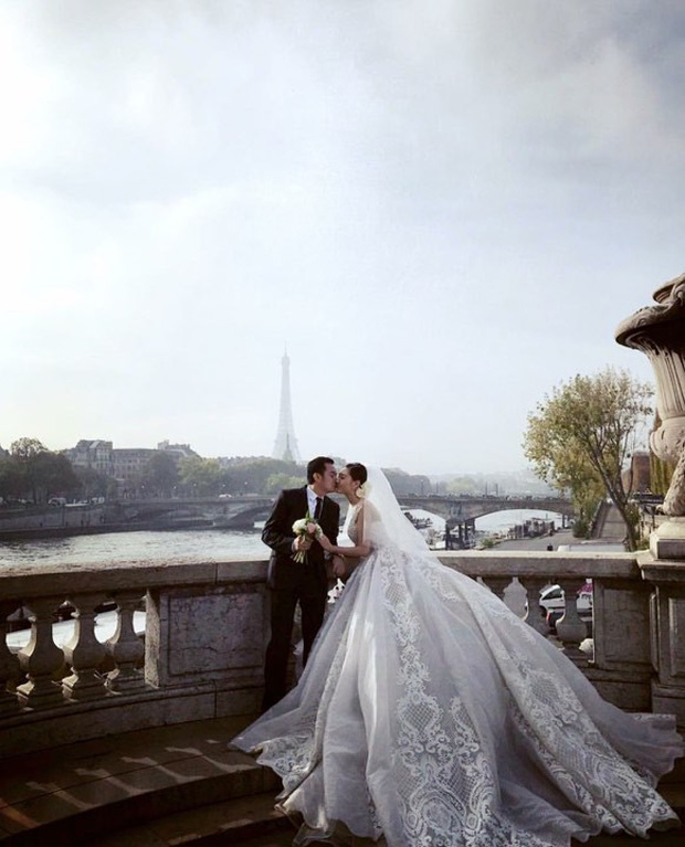 Hé lộ ảnh cưới như mơ của Nữ hoàng sắc đẹp Ngọc Duyên và bạn trai doanh nhân hơn 18 tuổi - Ảnh 2.