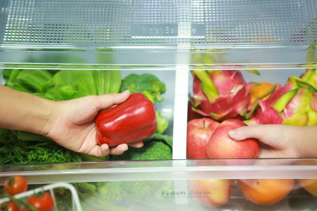 Sai lầm thường gặp khi bảo quản đồ trong tủ lạnh khiến cho thực phẩm thành mầm mống gây bệnh - Ảnh 2.