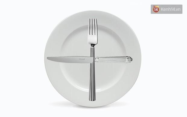 5 cách đặt dao dĩa nên ghi nhớ để là người khi ăn trông cũng sang - Ảnh 3.