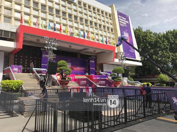 1 ngày trước MAMA 2017 tại Việt Nam: Nhà hát Hòa Bình đã được trải thảm đỏ, an ninh thắt chặt - Ảnh 4.