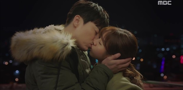 Two Cops: Jo Jung Suk, Hyeri bất ngờ khóa môi ngọt ngào - Ảnh 2.