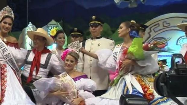 Á hậu Colombia lộ biểu cảm đanh đá khi thua cuộc trong đêm chung kết - Ảnh 7.