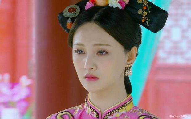 """Trịnh Sảng: """"Nữ hoàng thanh xuân"""" hay mãi chẳng chịu đổi? - Ảnh 16."""