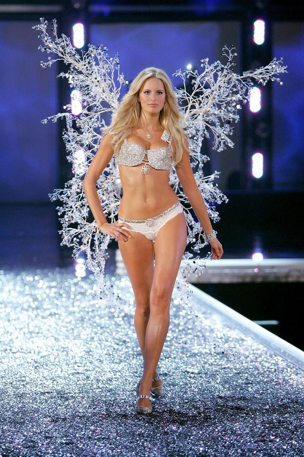 Các thiên thần Victorias Secret mặc Fantasy Bra hàng trăm tỷ đồng: Ai là người đẹp xuất sắc như nữ thần? - Ảnh 14.