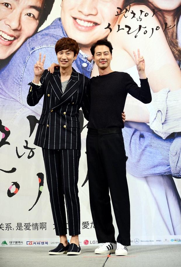 Lee Kwang Soo khoe khoang về độ nổi tiếng và bị đàn anh Jo In Sung bóc mẽ như thế này đây! - Ảnh 6.