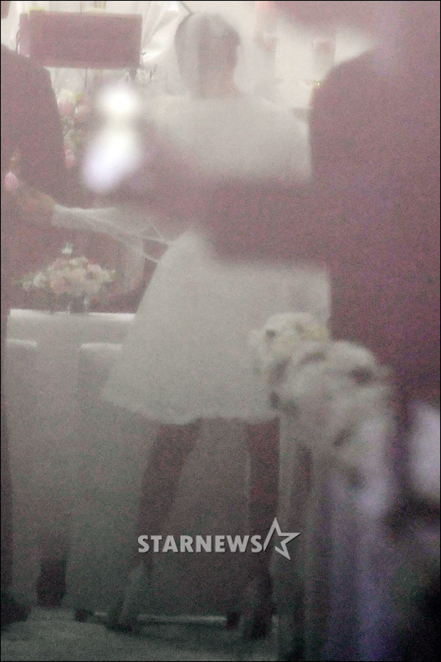 HOT: Rò rỉ hình ảnh hiếm hoi Kim Tae Hee và Bi Rain hạnh phúc thề nguyện bên trong đám cưới thế kỷ - Ảnh 7.