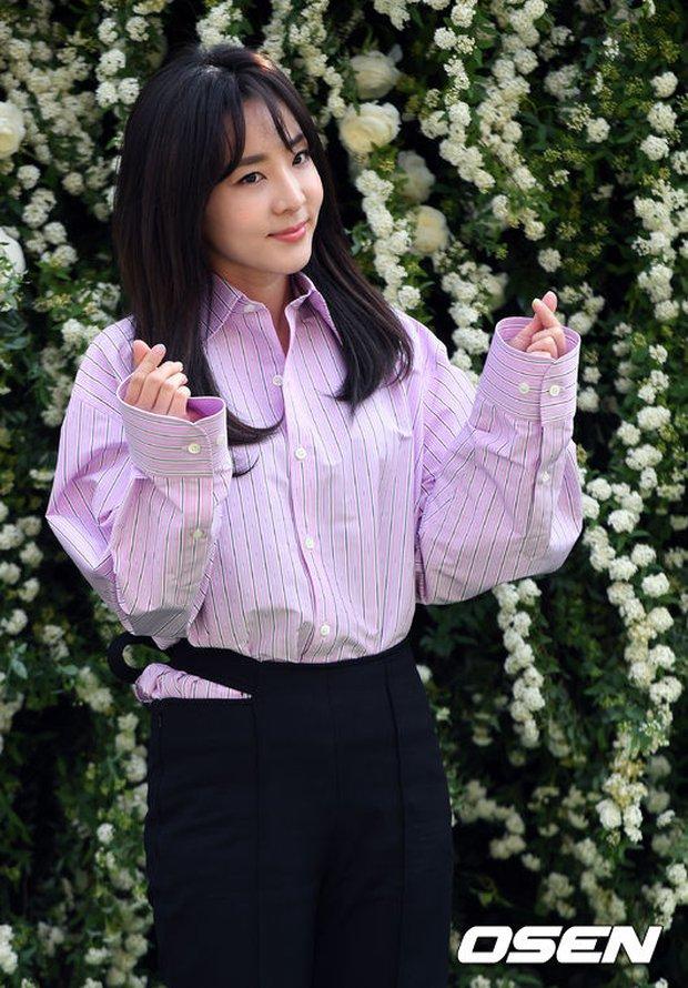 Hôn lễ đẹp nhất xứ Hàn: S.E.S tái hợp, chủ tịch SM Lee Soo Man cùng dàn sao khủng xuất hiện - Ảnh 22.